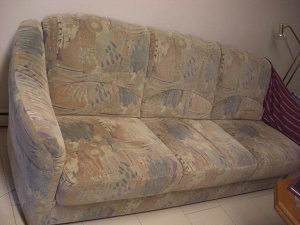 Das alte Sofa