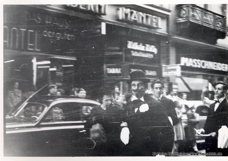 Veranstaltung in der Innenstadt 60er Jahre(Pap136)