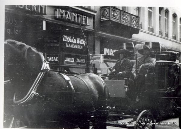 Veranstaltung in der Innenstadt 60er Jahre(Pap201)