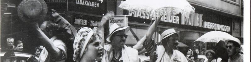 Veranstaltung in der Innenstadt 60er Jahre(Pap212)